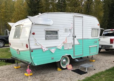 Sisters RV with wings
